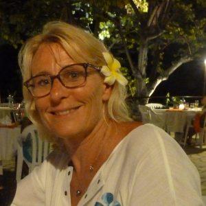 marylise Les Fleurs âges -massage-qui suis-je